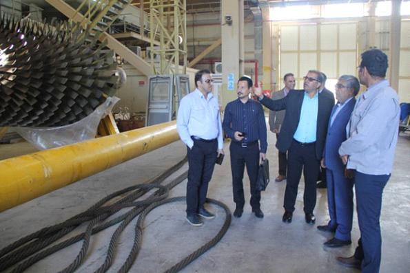 بازدید مدیر کل استاندارد هرمزگان از نیروگاه گازی خلیج فارس