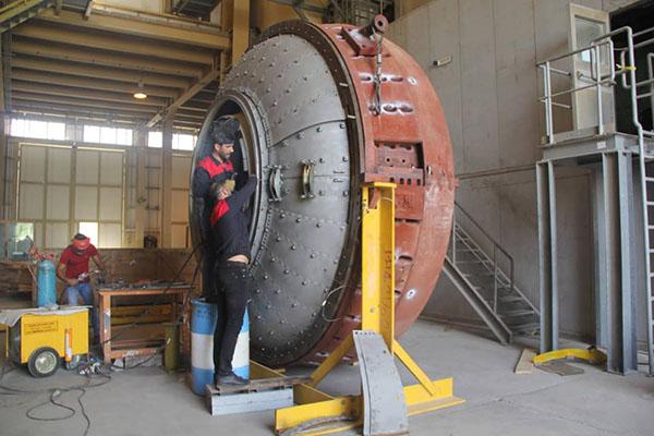 خودکفایی  ساخت قطعات داغ در نیروگاه گازی خلیج فارس